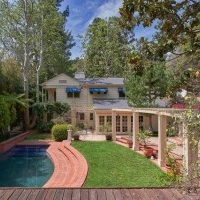 Beautiful 6 Bedroom, 5 Bathroom designer home in Beverly Hills